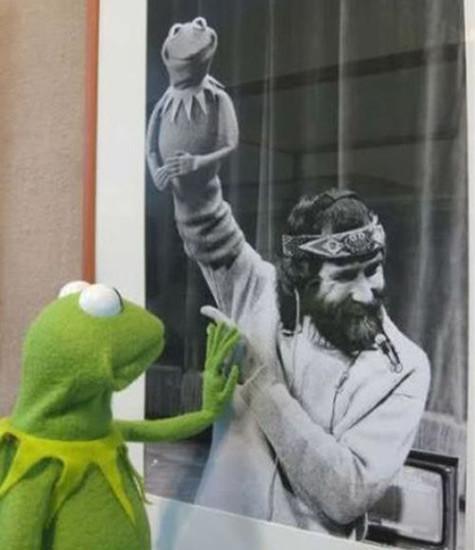 Kermit x2 and Henson